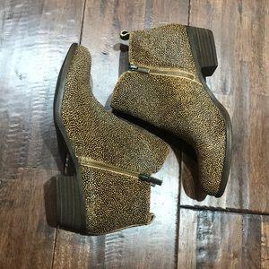 NWOT lucky brand booties
